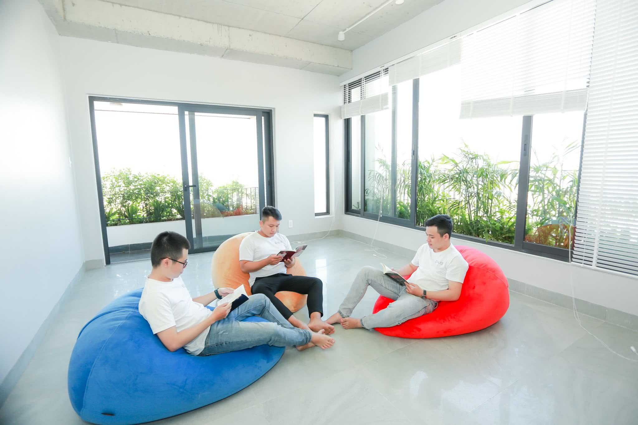 Enlab Team - Vietnam Software Outsourcing Company